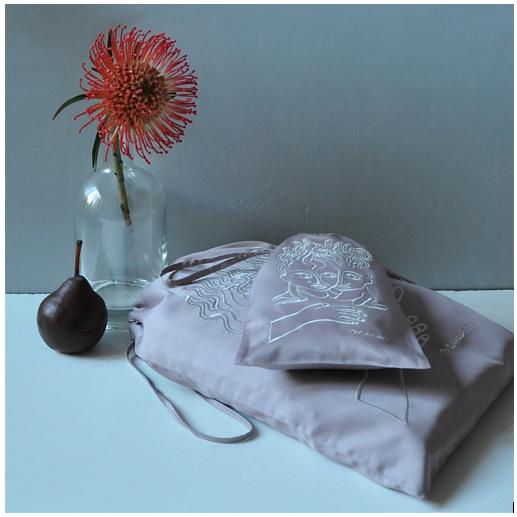 grand sac et petit sac rose brodé